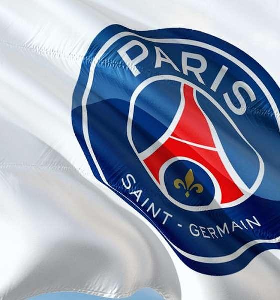 football psg logo drapeau