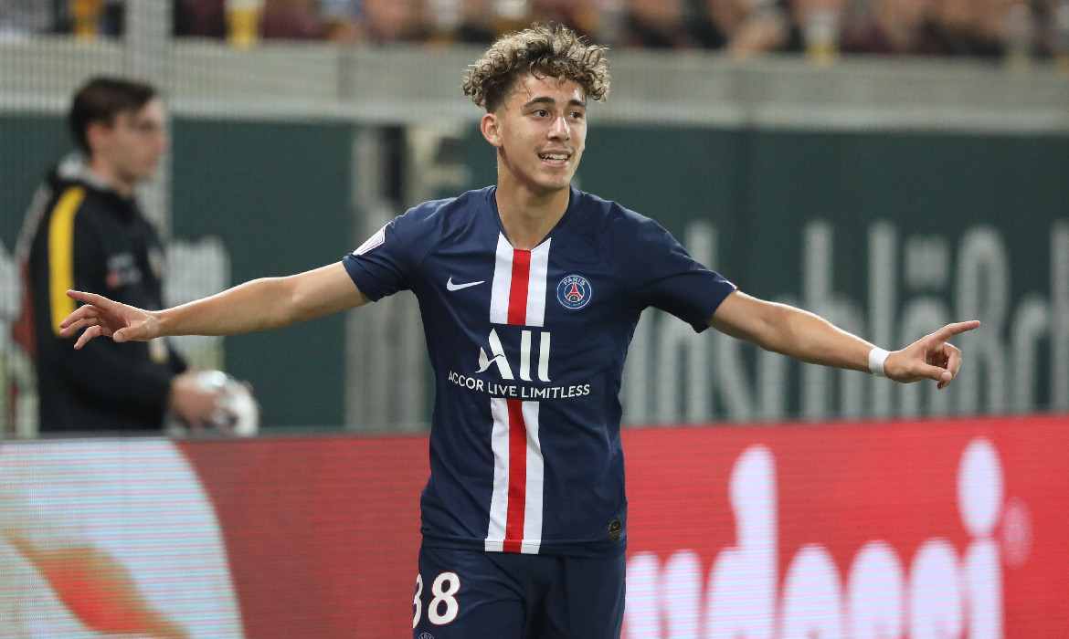 adil aouchiche psg football ligue 1